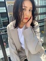 ヌープヘアーアイス(NUUP.hair ici)ミディアム×黒髪=暗髪