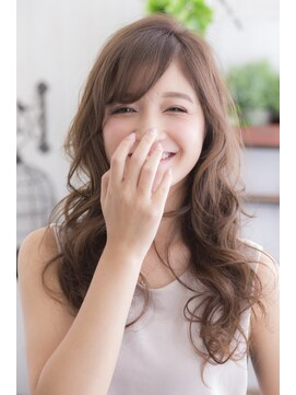 ミエル ヘア 新宿(miel hair)笑顔に溶け込むニュアンスパーマ
