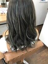 ヘアー チクタク(Hair Ciku-taku)ハイライト×ダークトーン
