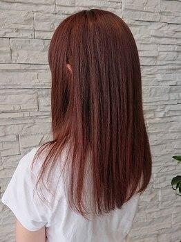 ニスタ セルクル(nista cercle)の写真/イルミナカラーでツヤのある美しい髪色を。キレイな色味とツヤ感重視のダメージレスカラーがおすすめ―。