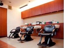 ヘアラウンジ アクト(hair&lounge A'CT)の雰囲気(シャンプー台ではゆったりとリラックスして下さい。)