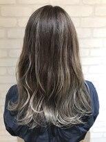 ヘアーアンドメイククリアー(Hair&Make CLEAR)シルバーグラデーション