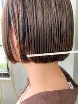 テトヘアー(teto hair)スリークボブ、ベージュ、フレンチボブ、切りっぱなしボブ