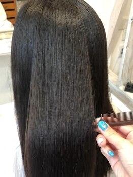 イツキ ヘアーデザイン(ITSUKI hair design)の写真/【最上級の髪質改善トリートメント】髪の内部から表面までしっかり潤す♪超音波アイロン使用☆
