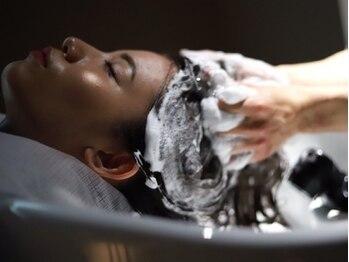 ノイル(noir)の写真/【栄5分/矢場2分】栄エリア希少!!ヒト幹細胞注入強髪ヘッドスパ誕生★髪の毛&頭皮の本気のエイジングケア