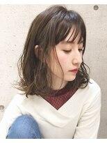 キアラ(Kchiara)ヘルシーな耳かけロブ/大人可愛いオフィスヘア