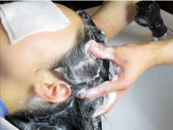 プチトール ヘアライフ(Petit×Tall HAIR LIFE)の写真/フルフラット型シャンプーブース×生炭酸ヘッドスパ=極上の癒しを提供♪