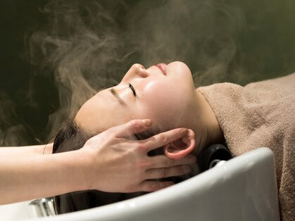 エマン ヘアアンドトリートメント(AIMANT Hair&Treatment)の写真