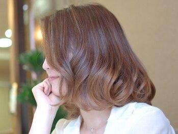 ラニー ヘアーアンドスパ(Rani hair&spa)の写真/お洒落染め感覚で楽しむグレイカラー♪豊富なカラー剤とテクニックで、白髪染めのイメージを一新☆