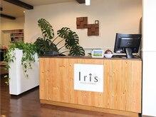 アイリス ヘアデザイン(IRIS HAIR DESIGN)の雰囲気(店内はウッド調で落ち着いた雰囲気◎)
