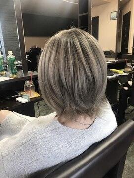 ヒスヘアー クリエイティブスペース(hys hair creative space by lauto)パールベージュグラデーション!ショートボブスタイル