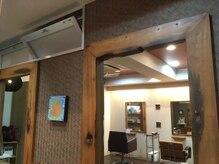 ヘアリゾート アンド スウェル(Hair Resort &SWELL)の雰囲気(換気扇+常時窓を開けて換気しております♪♪)
