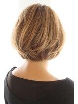 30代・40代に人気後頭部を綺麗に見せるボブスタイル
