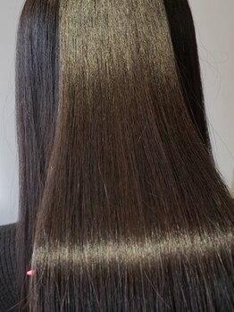 ヘアサルーンフラミンゴ(Hair saloon FLAMINGO)の写真/毎日をキレイな髪で過ごせるように…。リピーター続出の髪質改善ストレートをお届け◎