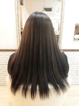 ジア ヘアーアンドネイルの写真/持続性◎これからの季節に嬉しいサラ艶髪へ♪髪の内部に潤いを浸透&定着させることで、まとまりのある髪へ!