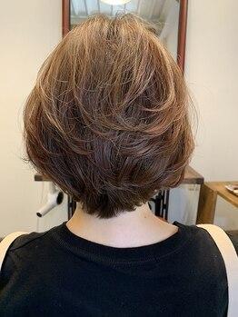 サンク(cinq)の写真/ダメージは抑えて色持ちを良くするから、繰り返しできるのが嬉しい★抜群のツヤ感で憧れの美髪を実現◎