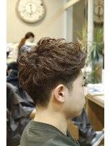 美容室 シェイプ 条里店クセ毛を生かしすウェービーショートアップバング