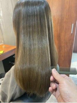 ビグディーサロン(BIGOUDI salon mukonosou)の写真/ダメージレスな施術に特化★酸性ストレートやチューニング等、髪質やクセに合わせたストレートをチョイス♪