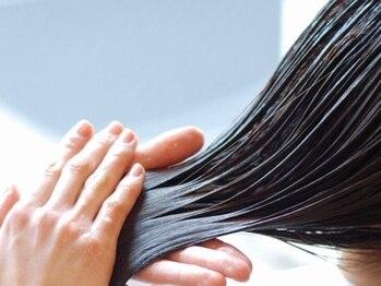 アッシュ アーティスティック スタジオ オブ ヘア(Ash artistic studio of hair)の写真/年齢による髪の悩みが解決した!と大人女性から圧倒的支持率◎厳選メニューと高い技術が自慢のサロン♪