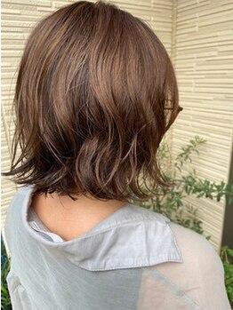 リーフ ヘアアンドリラクーゼーション(Leaf hair&relaxation)の写真/知識・経験豊富なスタイリストが1人1人の骨格に合わせ髪質・クセを活かしたこだわりのカット技術をご提供☆