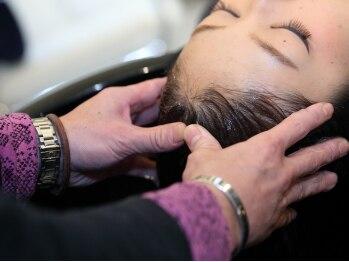 ヘアースタジオ チェイング(HAIR STUDIO CHAING)の写真/ベテランのスタイリストがマンツーマンで担当します♪こだわりの炭酸スパを1度体験して下さい!!