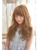 ほつれ合う髪が柔らかなニュアンスウェーブ【rocca 新川崎】