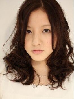 ヘアー クリエイト(HAIR CREATE)の写真/全体ふんわりカールから毛先までしっかりカールまで☆顔周りに動きを出すことで小顔効果も♪