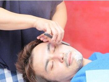 ヘアーアンドスパ ヴォーグ(HAIR&SPA VOGUE)の写真/【豊中.・曽根】肌に直接触れる物だから厳選したシェービングソープやフェイスパックを使用した極上施術◇