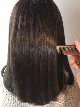 ヘアサルーンフラミンゴ(Hair saloon FLAMINGO)の写真/髪本来の美しさを引き出す本格ケアを体感。手触り抜群の扱いやすい理想のスタイルで毎日をHappyに☆