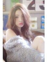 ラベリー(LOVELEY)【 LOVELEY 】 ゆるウェーブミディ × 外国人風ミルクティー