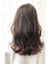 チームボス(Team BOSS)アレンジした髪に透明感と立体感が可愛いcolor