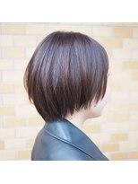 ノエル ヘアー アトリエ(Noele hair atelier)『Noele』マッシュショート×パープルガーネット