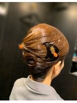 祇扇雅オウガ(AUGHA)和髪