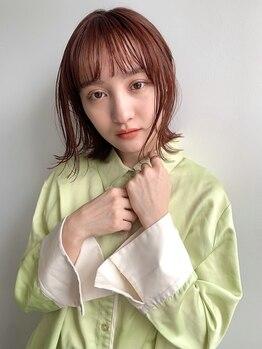 ビコ ヒビ(bico hibi)の写真/顔周りのちょっとした髪の毛でつくる『おくれ毛』が可愛い◎