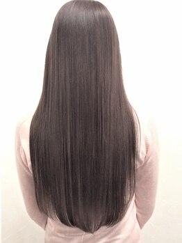 ヘアーメイク シャンプー(hair make shampoo)の写真/思い通りにまとまらない髪も、うるおいながらサラサラチェンジ☆ナチュラルストレートでかわいいが叶う♪