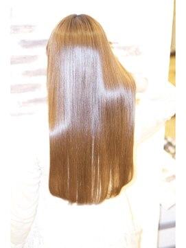 ヘアーアンドスパ リルト(Hair&Spa Lilt.)*Lilt.*ピコトリートメントストレートスタイル