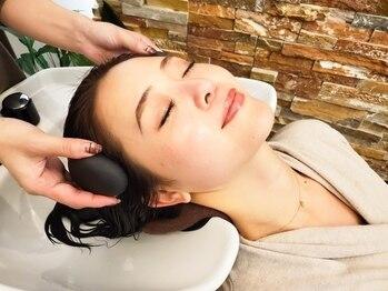 パステルアトリエドウ(Pastel Atelier Deux)の写真/【髪と頭皮のWケア】極上HOTストーンSPAで頭皮や髪質も健康に導いてくれる…♪