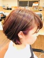 フェリーク ヘアサロン(Feerique hair salon)インナーカラーがおしゃれなチェリーレッドのミディアムボブ