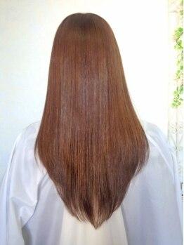 リトルエゴイスト(little EGOIST)の写真/【本城】女性スタッフのみのゆったりサロンで、デザインも楽しめる縮毛矯正を♪施術時間が短いのも嬉しい☆