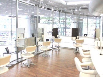 銀座ラボ 仙台中央店(LA BO)の写真