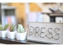 ドレスプライベートルーム(DRESS private room)の雰囲気(こだわりのアンティークや小物がたくさん詰まった店内。)