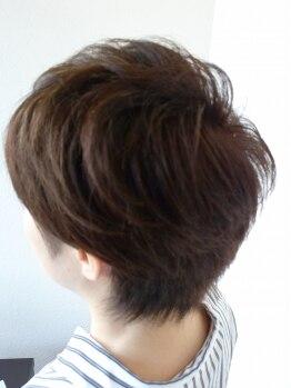 ヘアーメイク アヴァンセ 泉中央店(hair make Avance)の写真/【駐車場アリ】こまめに染めたいグレイカラーこそ、ケアで3年後に差がつく★健康な髪を育むための新習慣♪