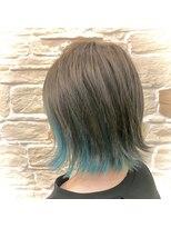 ヘアアンドメイク デコ(Hair&Make Deco)透き通るターコイズブルー