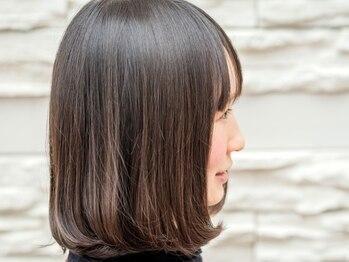 エーアンドケイ(A&K)の写真/プレミアムトリートメントと高級美髪器の併用で、傷んでしまった髪に真の毛髪補修を。