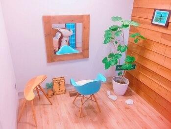 カマカ(KAMAKA)の写真/【本厚木】4席だけの隠れ家サロンKAMAKA。ベテランスタイリストの技術と癒しの時間をご堪能ください!