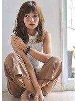 ソラ ヘアデザイン(Sora hair design)キュートな前髪のある、大人リラクシーウェーブ