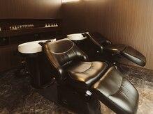 髪の美院 シャルマン ビューティー クリニック(Charmant Beauty Clinic)の雰囲気(シャンプー台は足までのばせるフルフラッドのタイプになります。)
