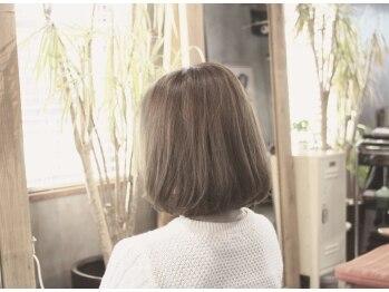 """エイチナイン(H9)の写真/""""似合う""""ことでさらに可愛いや綺麗が生まれます。背伸びしない、でも魅力が詰まったスタイルを提供します。"""