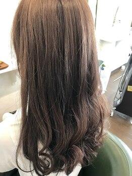 ヒッピーヘアー(Hippie Hair)の写真/最新のカラー剤アジアンカラーフェス取り扱いサロン♪カット+カラー8000円以下で最新のカラーを体験可能!