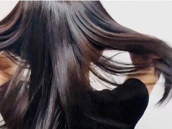 スタジオエヌ(Studio N)の写真/【初回半額】縮毛矯正後の髪も通い放題の集中ケアでナチュラルなサラ艶ストレートに!